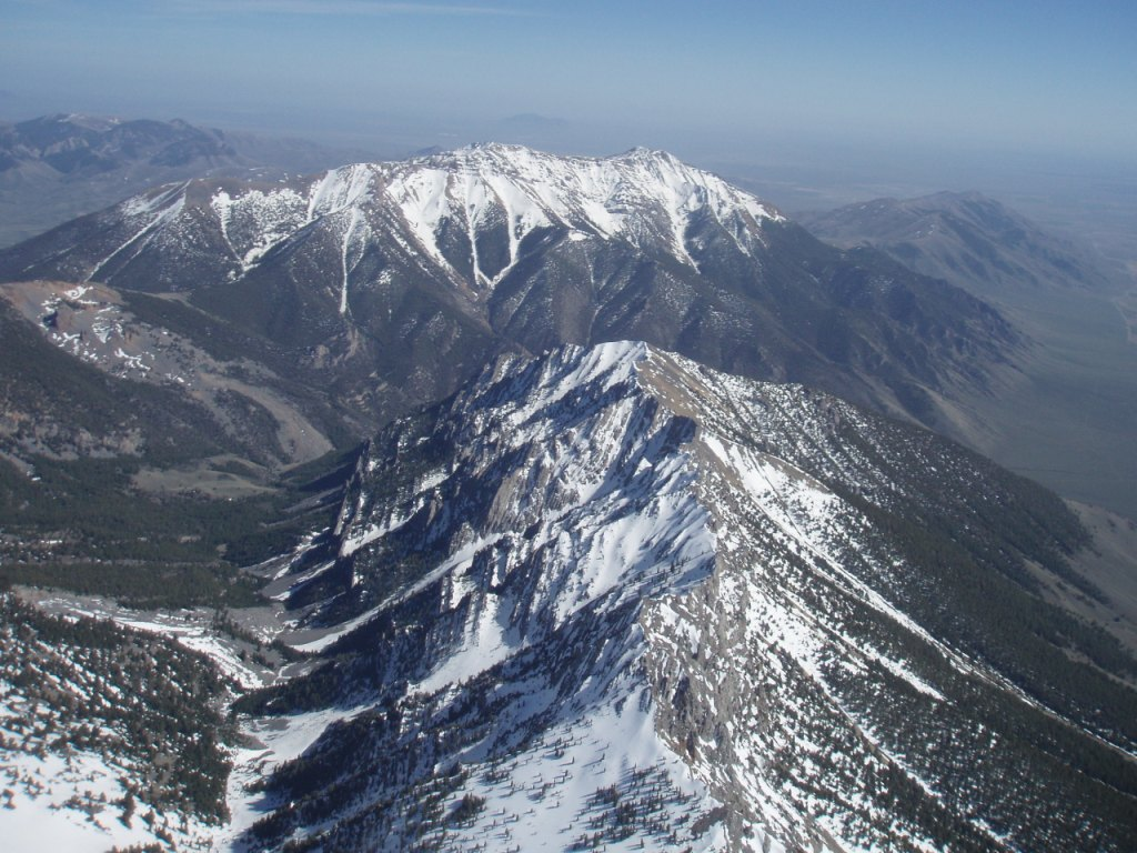 12,500' over Sunset Ridge in May, looking south to King Mountain